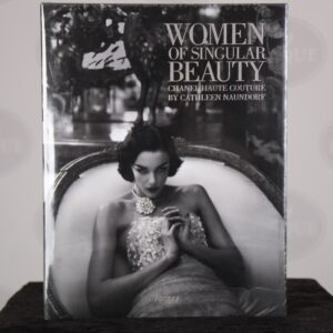 Chanel Boek – Women of Singular Beauty