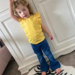 Vinrose T shirt Geel